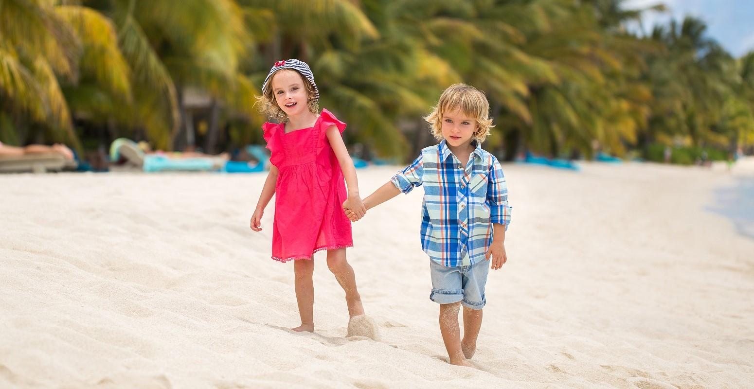 paseando playa caribe viajacontuhijo