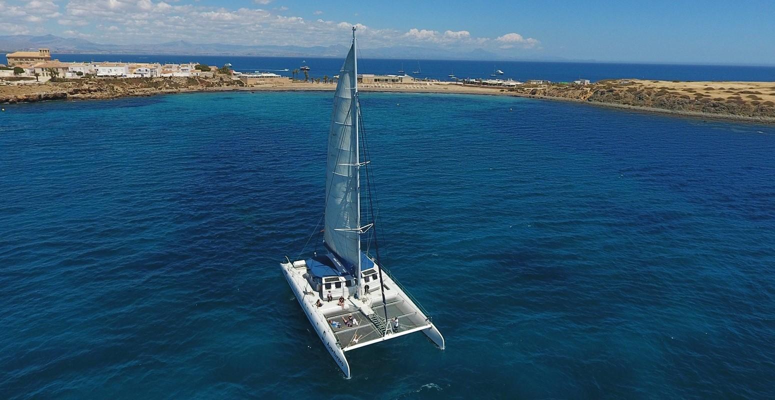 mediterraneo costa y vela catamaran navegacion