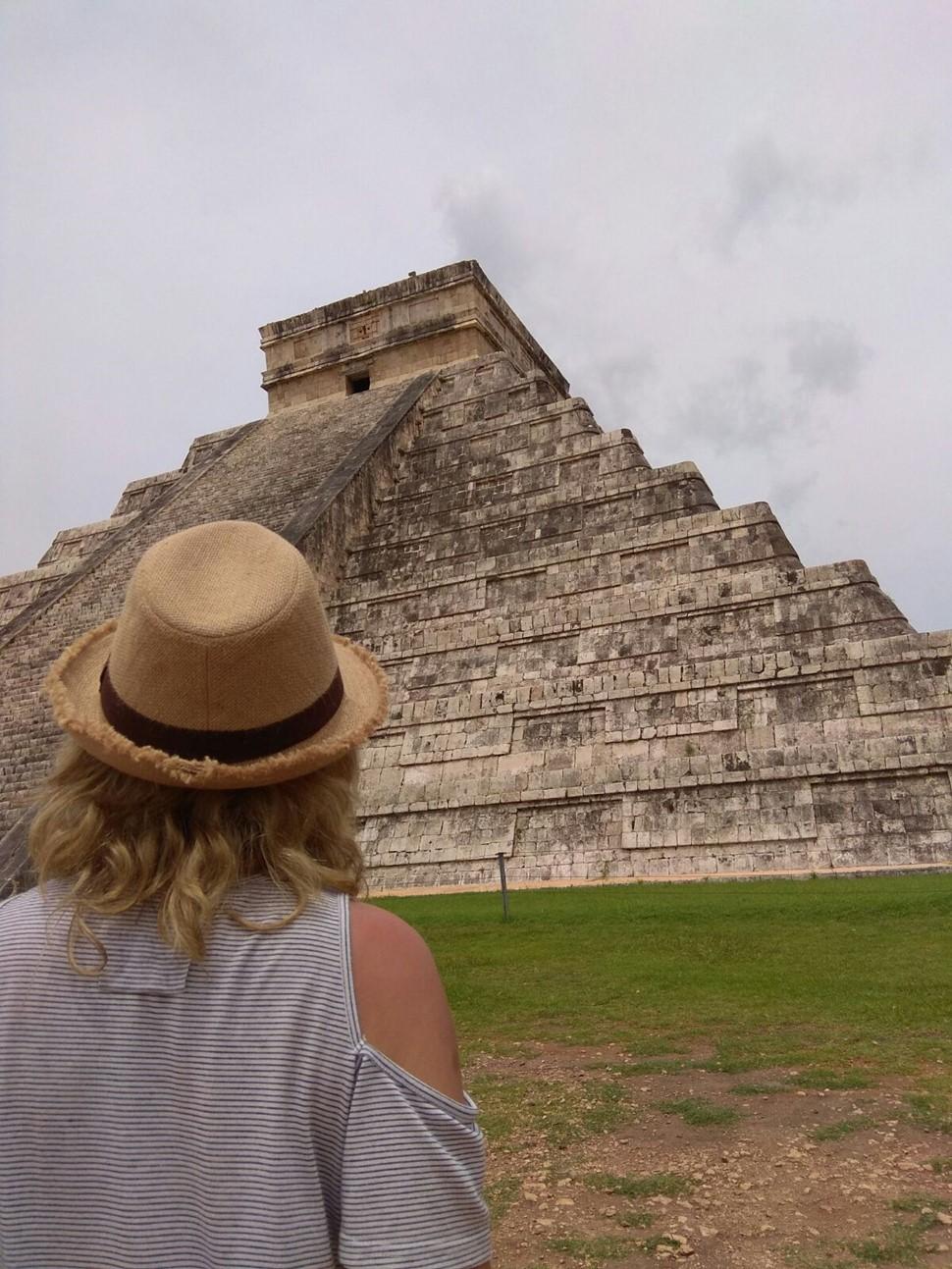 Carmen A El Tesoro de los Mayas descubriendo el tesoro maya