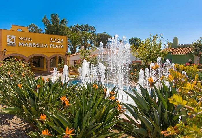 entrada-hotel-marbella-playa