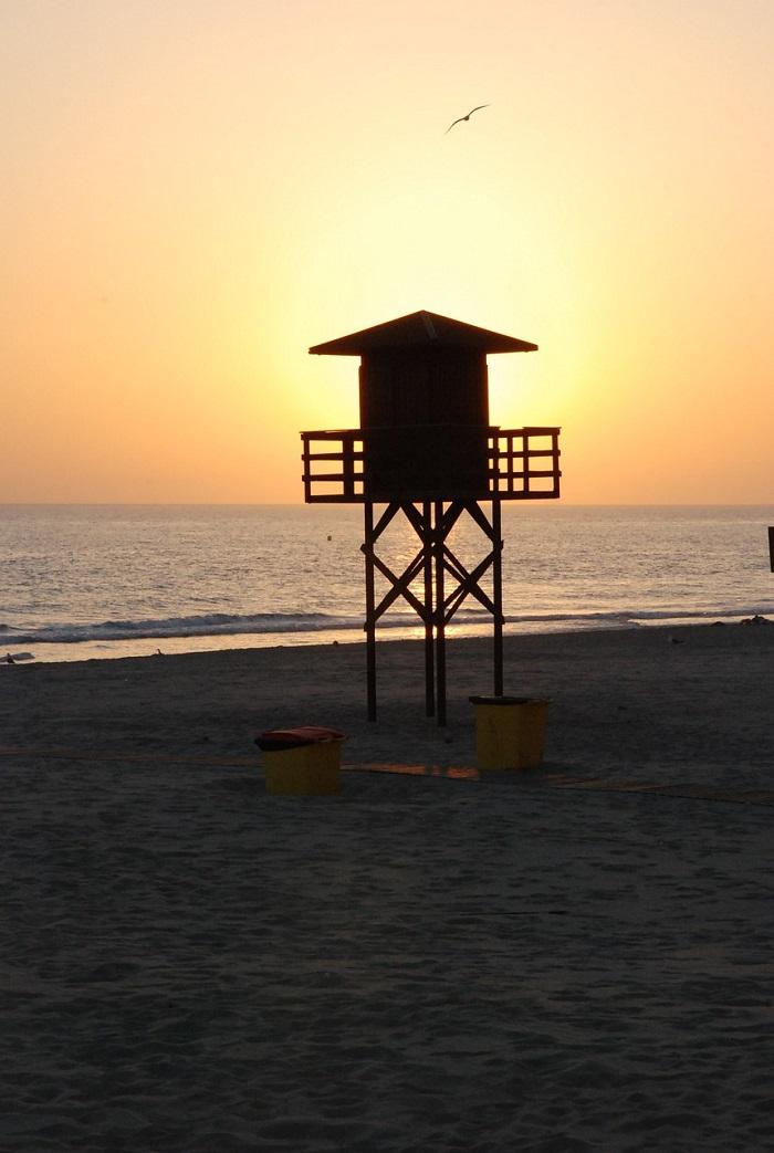 torre-vigilancia-playa-cadiz